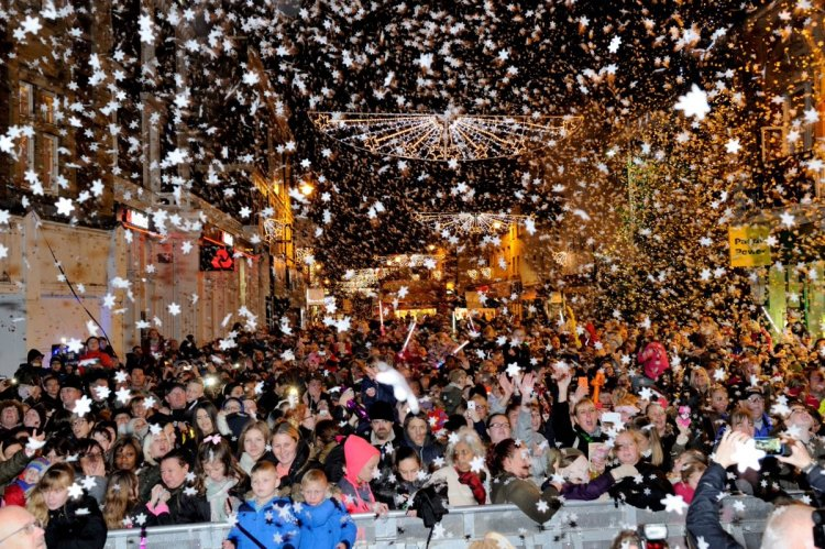 Confetti Cannons at Christmas Lights Switch-on event