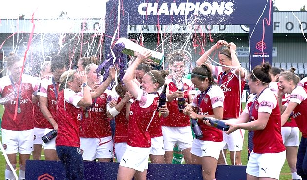 Waves of biodegradable tissue streamer cannons help Arsenal celebrate winning the Women's Super League title