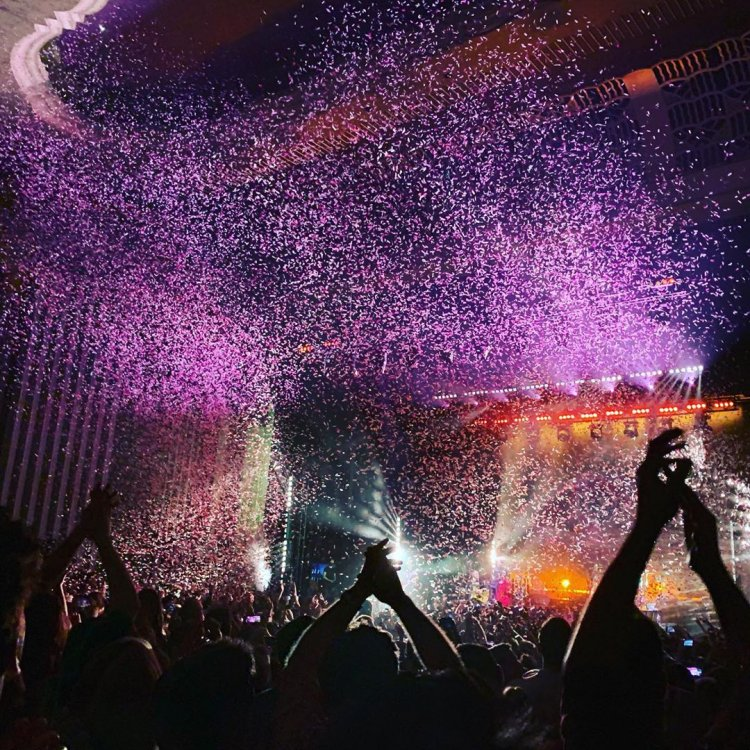 Stadium Confetti Blasters go down a storm for Of Monsters And Men at Hammersmith Apollo